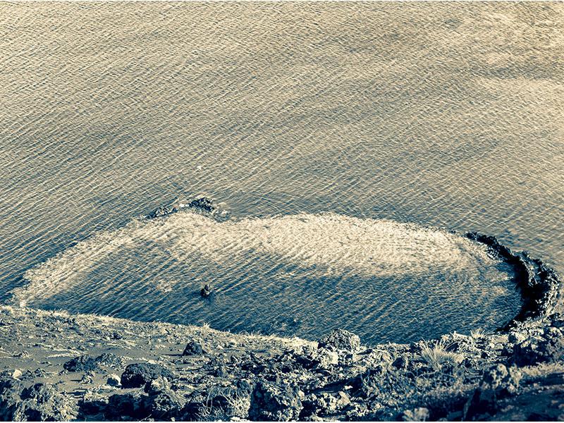 Sunken Crater, Bartolomé Island, Galápagos 2009